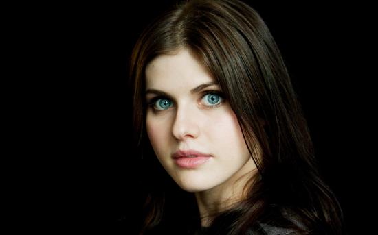 đôi mắt xanh đẹp nhất thế giới 2