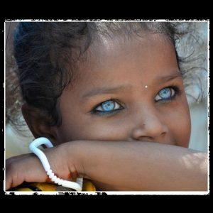 đôi mắt xanh đẹp nhất thế giới 6