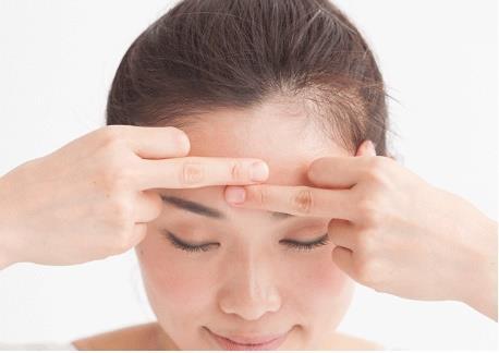 Hướng dẫn cách massage mắt đúng cách của người Nhật