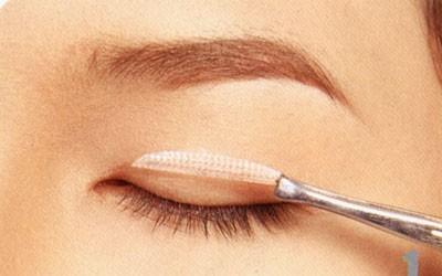 Phanh phui sự thật: Dán mí mắt có hại không?