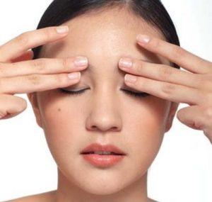 mẹo chữa sụp mí mắt 1