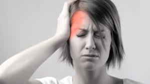 đau nửa đầu bên phải và nhức mắt 1