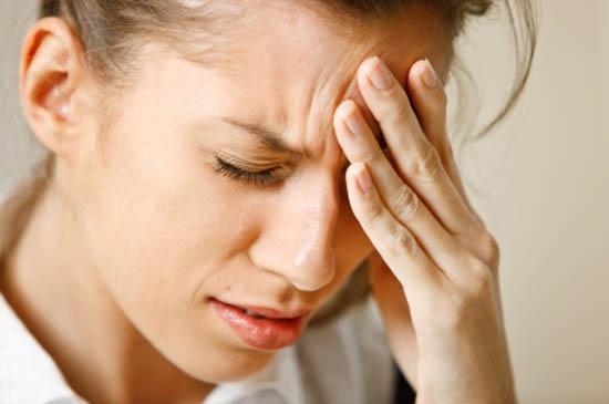 hiện tượng đau đầu nhức hốc mắt 1